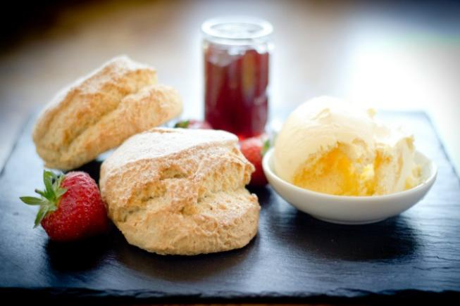 CREAM TEA FOR TWO
